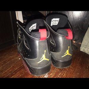 Size 9 guys Jordan's
